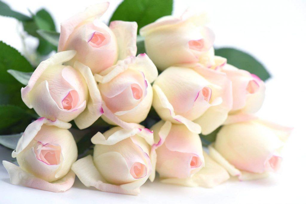 10 artificial roses