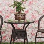 Artificial flower walls: inspiration for your garden