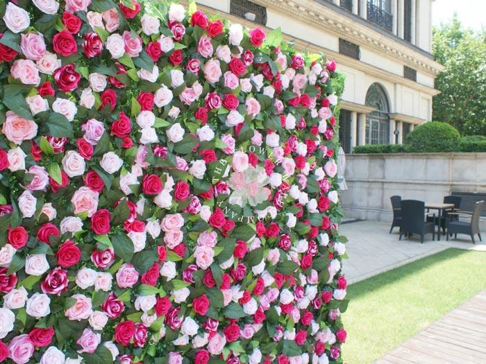 Pretty flower wall